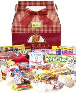 Candy-Crate-1950s-Retro-Candy-Gift-Box-0